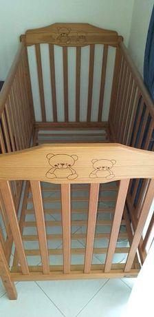 Cama de  bebé e colchão