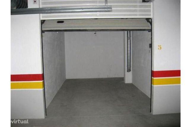 Garagem para 1 veículo Pontinha (Edifício Pontinha Prestige)