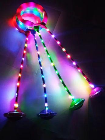 Светящаяся скакалка с колесиком на одну ногу.Нейроскакалка.Микс цветов