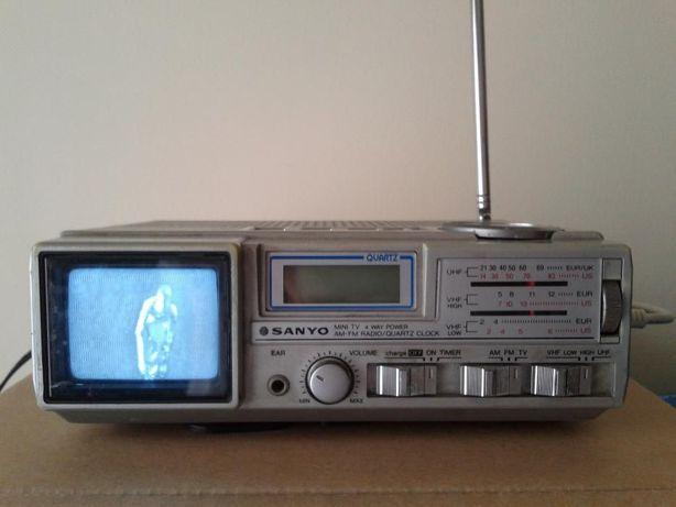 Mini Rádio Sanyo com Tv