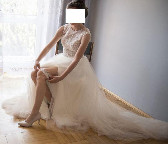 Suknia ślubna odkryte plecy, motyw dmuchawca, tren, roz. 34/36
