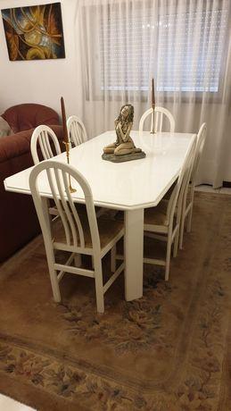 Mesa jantar lacada + cadeiras