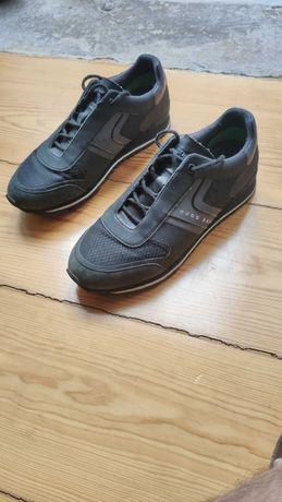 Sapatos casual / sapatilhas - HUGO BOSS - pretos como novos (tam 41)