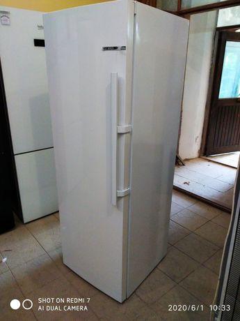 Новий однозоновий(без морозилки) холодильник Bosch ksv33vw3pg/01