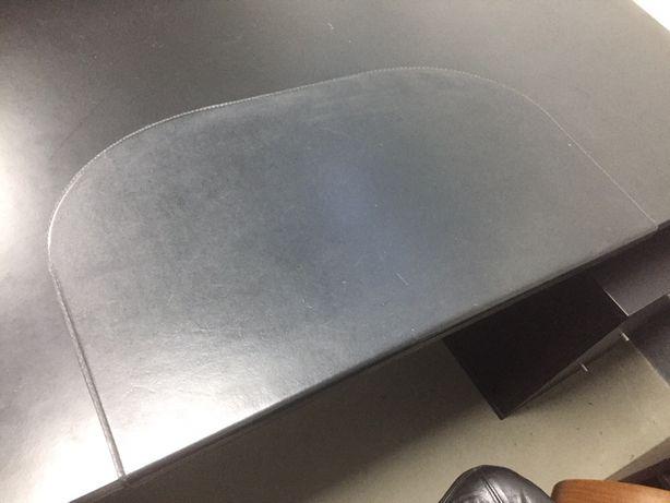 Base preta para secretaria - metalica