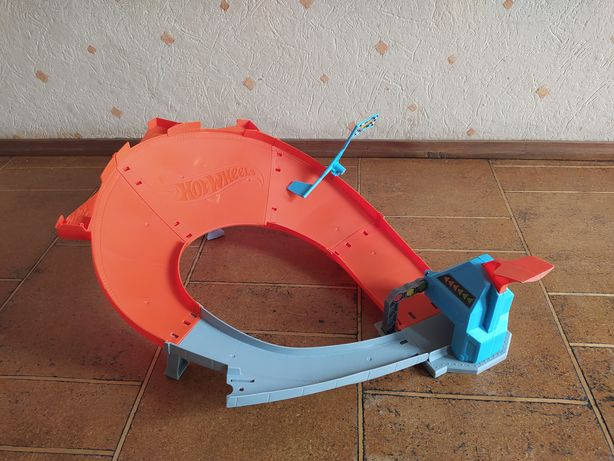 Tor do driftu Hot Wheels