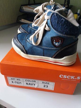 Ботинки осенние детские