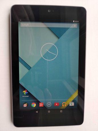 """планшет Asus Nexus 7. экран 7"""", 32 Гб памяти, 1 Гб ОЗУ"""