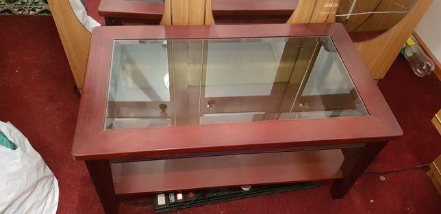 Mesa com vidro de sala