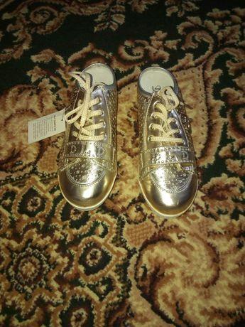 Продам туфли для девочки, натуральная кожа