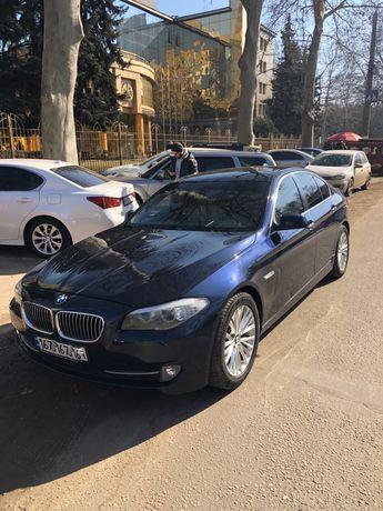 BMW F10 523i Официал 2010