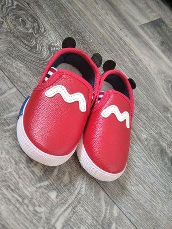 Мокасины макасини кеды кеди кроссовки обувь на год босоножки