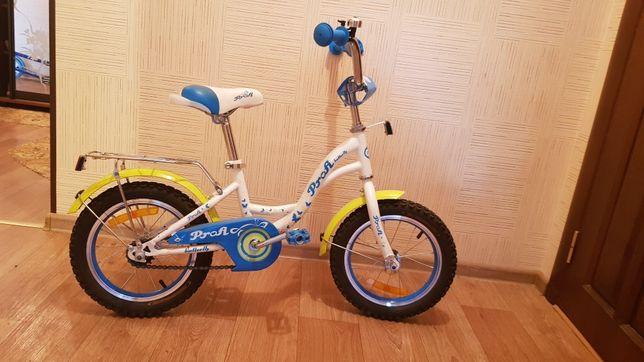 Дитячий велосипед, 14 колеса.