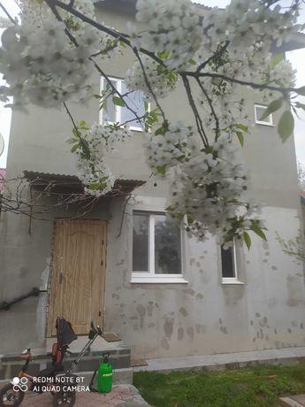 Продаєтся будинок в Черкасах р-н Казбет