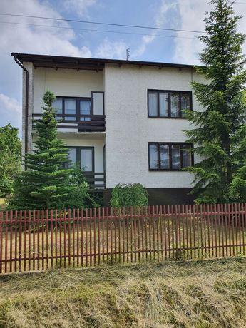 Dom + zabudowania + 1 ha ziemi Mokrsko