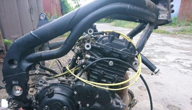 рамы с мотоциклов Honda CBR, Yamaha FZS600, Triumph.