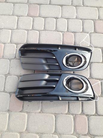 Решетка рамка накладка в бампер противотуманки  Ауді Ауди КЮ5 Audi Q5