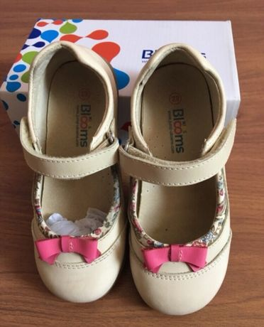 Туфли для девочки Босоножки