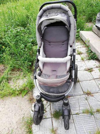 Продам детскую коляску б/у недорого.