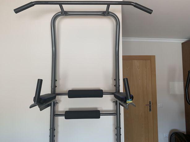 Maquina musculacao