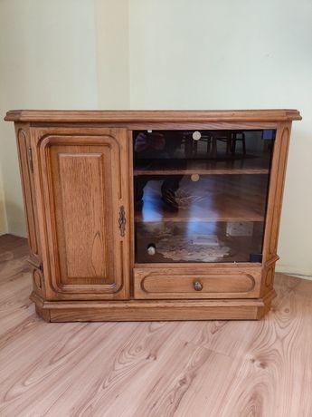 Szafka pod TV w stylu rustykalnym