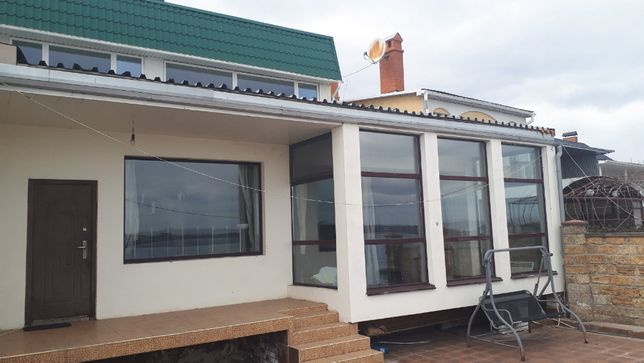 Продается 2-х этажный дом Варваровка первая линия от реки!