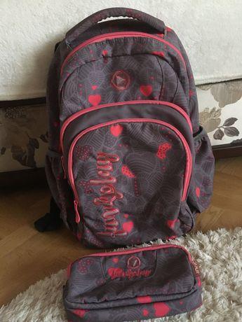 Рюкзак шкільний з пеналом