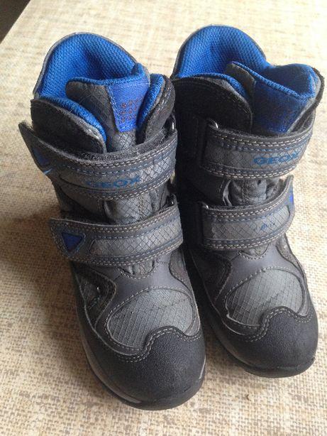 Зимние ботинки GEOX на мальчика р.28, идеальное состояние