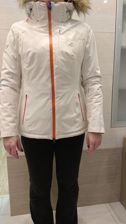 Sprzedam damską narciarską kurtkę 4F