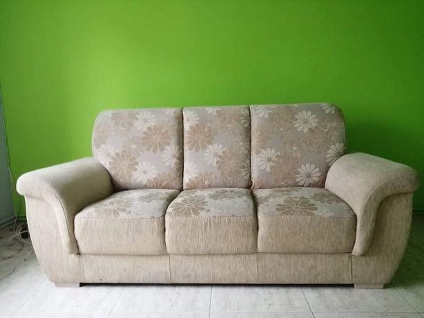 Sprzedam sofe w dobrym stanie