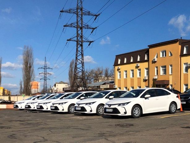 Аренда авто / автомобиля под / для ТАКСИ, Прокат Toyota Corolla 2020