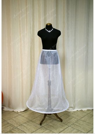 Подьюбник под свадебное платье