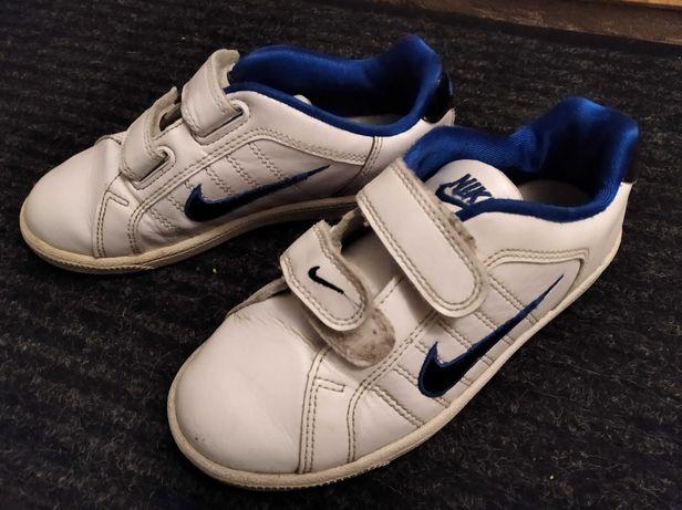 Buciki Nike r. 30