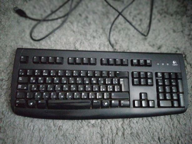 Клавиатура Logitech Deluxe 250 USB в рабочем состоянии