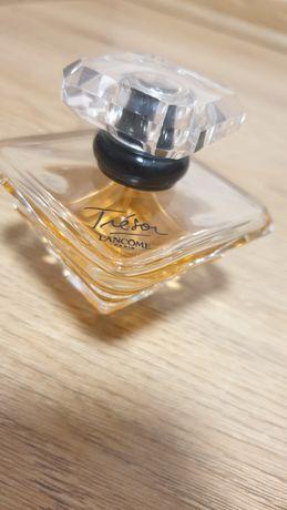 Парфумована вода Lancome Tresor