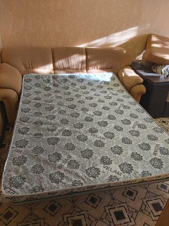Продам диван, или поменяю на шкаф в прихожую, самовывоз Одесская.