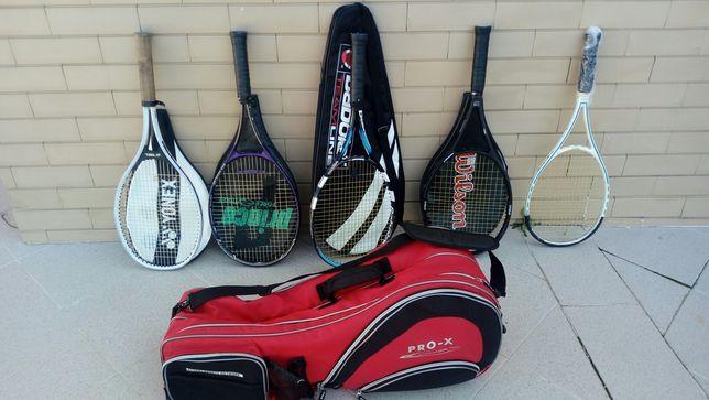 Saco e raquetes de tenis