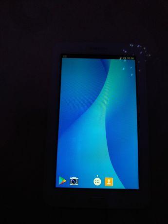 Планшет Samsung Galaxy Tab 3 7.0  SM-T110