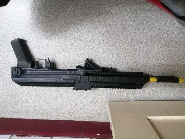 Réplica de airsoft AK-47 full metal Cyma