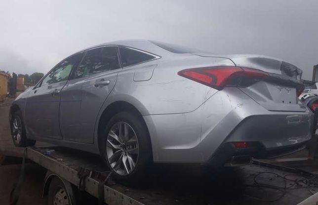 Toyota Avalon запчастини кузов підвіска