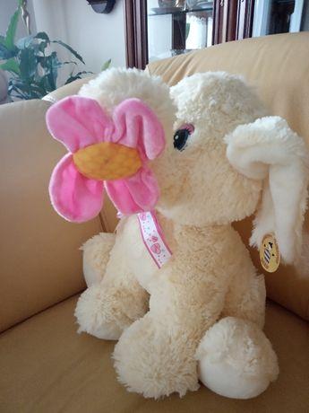 Pluszowy słonik z kwiatkiem