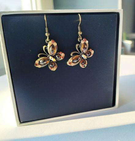 Wiszące kolczyki motylki z cyrkoniami złoto brąz