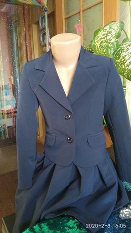Костюм (пиджак+юбка) школьный на девочку (2 шт.)