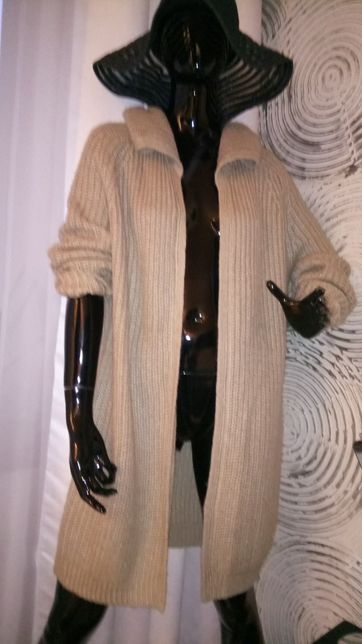 Długi sweter, kardigan
