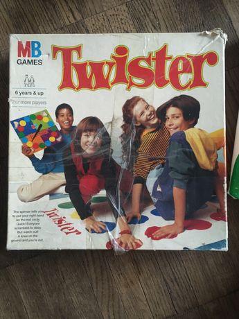 Игра гра Twister MB Games