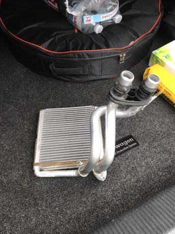 Радиатор печки отопителя салона Passat Jetta USA США
