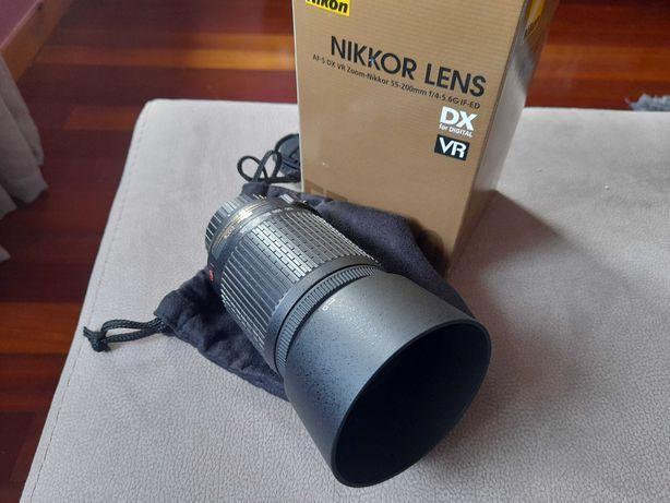 Objectiva Nikon Nikkor 55-200 DX VR