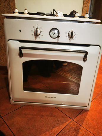 Piekarnik elektryczny pod zabudowe plus kuchenka gazowa * ARISTON *