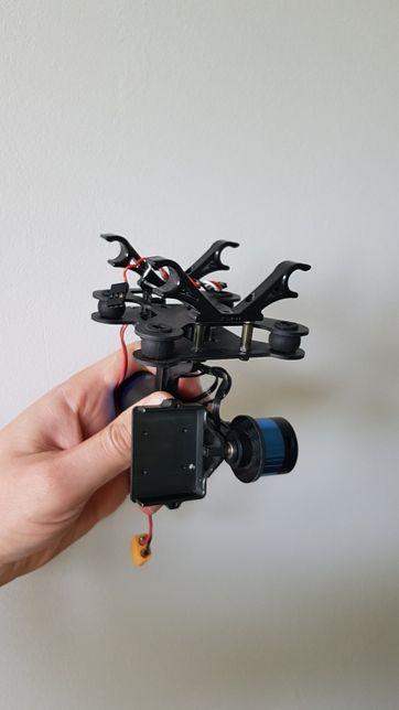 Gimbal tarot pod gopro i chinskie kamery sportowe.