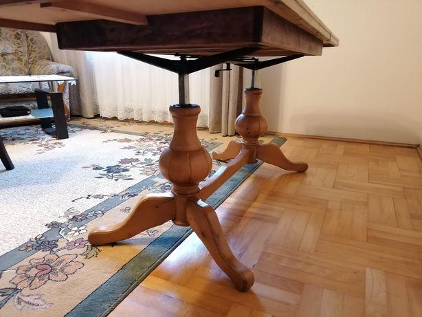Drewniany stół, ława